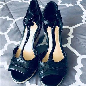Gianni Bini black wedge heels